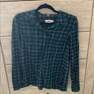 Vineyard Vines Women's Flannel Top. Size 8.